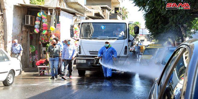 گندزدایی و ضد عفونی کردن خیابانهای شهر دمشق