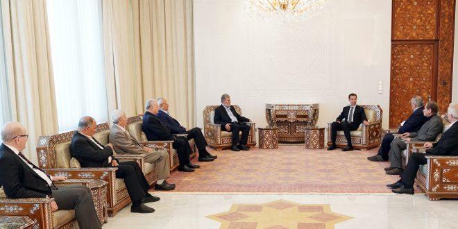 Cumhurbaşkanı Beşşar el Esad, Filistin güçlerinin ve partilerinin bir dizi liderini ve temsilcisini içeren bir heyeti kabul ediyor