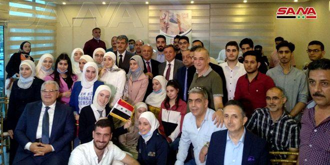 الجالية السورية بمصر تكرم الطلبة المتفوقين بشهادة الثانوية العامة