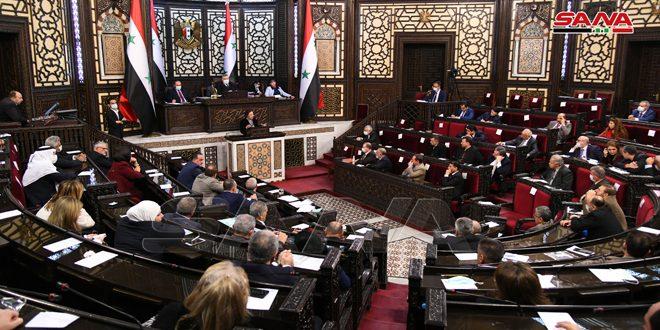 وزيرة الشؤون الاجتماعية أمام مجلس الشعب: نعمل على استكمال تنفيذ برنامج دعم المسرحين وتأمين القروض لهم