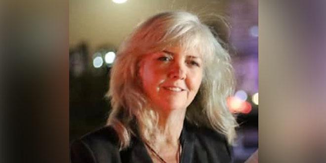 صحفية أمريكية تطالب بايدن برفع الإجراءات القسرية الأمريكية عن سورية وإنهاء احتلال أراضيها