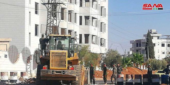 صيانة معظم شبكات الكهرباء في منطقة درعا البلد ومواصلة أعمال إزالة السواتر وفتح الطرقات