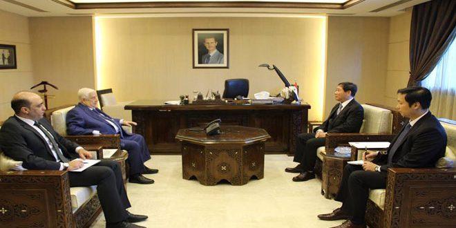Al-Moallem receives credentials of Vietnam's non-resident Ambassador to Syria