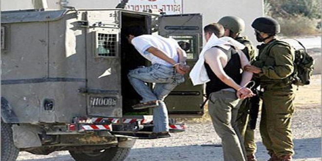 Israeli occupation forces arrest 19 Palestinians in the West Bank