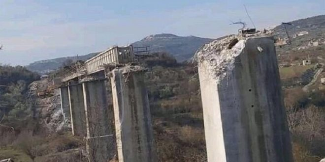 Turkish regime mercenaries dismantle, steal Badama railway bridge, Idleb countryside