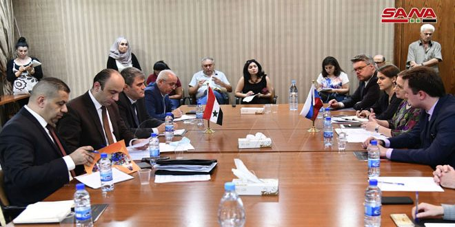 Syrian-Russian meeting to follow up conference on return of refugees resume discussions