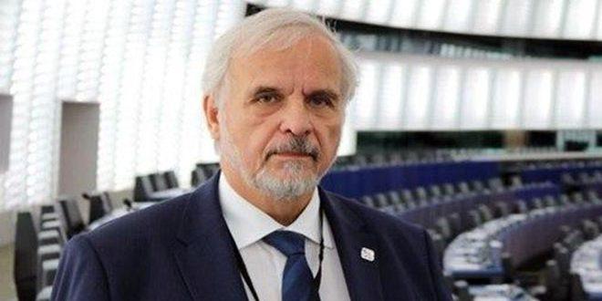 EE.UU y Turquía mienten sobre la situación en Siria, afirma eurodiputado