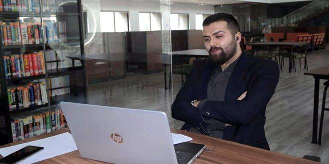 Estudiante sirio ocupa primer lugar en concurso nacional en La India
