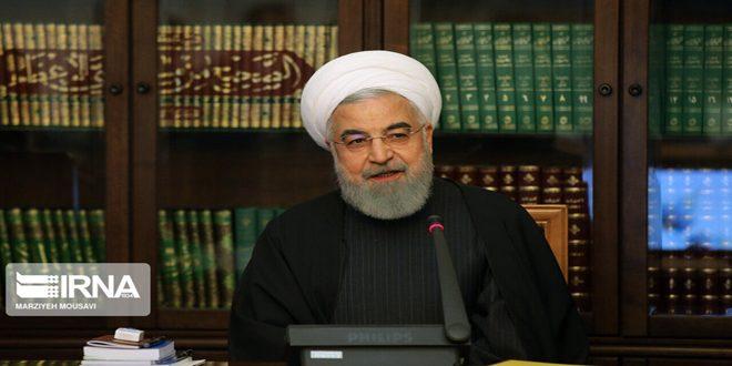 روحانی: ایران به سوی کنترل ویروس کرونا حرکت می کند