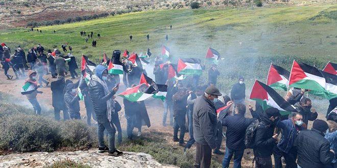 جراحت ده ها نفر فلسطینی در سرکوب تظاهرات هفتگی کفر قدوم توسط اشغالگر