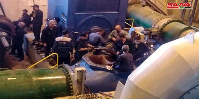 حماه..کادرها و تخصص های محلی به تلاش های خود برای بازسازی گروه دوم در نیروگاه زاره ادامه می دهند