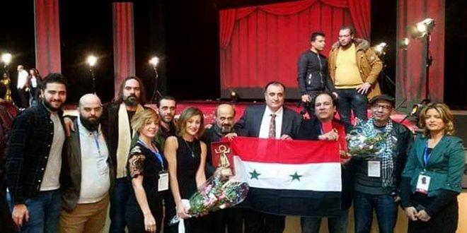 Deux prix pour la pièce de théâtre ''Tasshih Alwan'' au festival théâtral des journées de Carthage