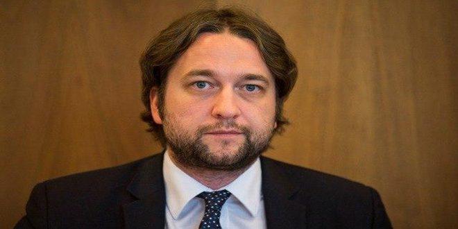 Un parlementaire slovaque: La poursuite des mesures économiques coercitives unilatérales est un crime contre l'humanité