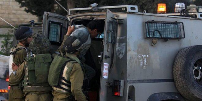 Les forces d'occupation israéliennes arrêtent 7 Palestiniens en Cisjordanie