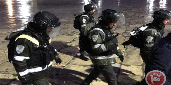 הכוחות הישראליים תקפו את הפלסטינים בעיר אלקודס הכבושה