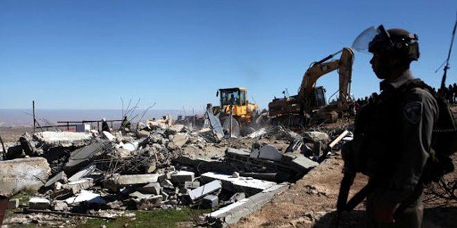 כוחות הכיבוש הורסים בית במסאפר יטא בדרום חברון