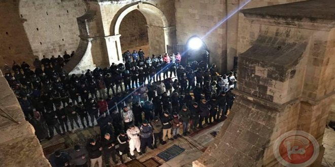 החוגים הדתיים בעיר אל-קודס הכבושה: אתר התפילה באב א-רחמה הוא חלק ממסגד אל-אקצא