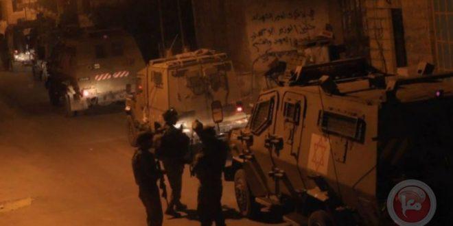 הכוחות הישראליים עצרו צעיר פלסטיני בעיר חברון שבגדה המערבית
