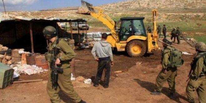 הכיבוש הישראלי הורס מתקנים חקלאיים ומאיים להרוס בתים בגדה המערבית