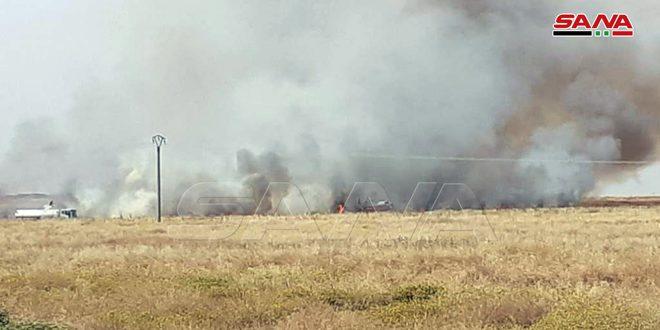 В районе Абу-Расейн провинции Хасаке на убранных полях вспыхнули пожары
