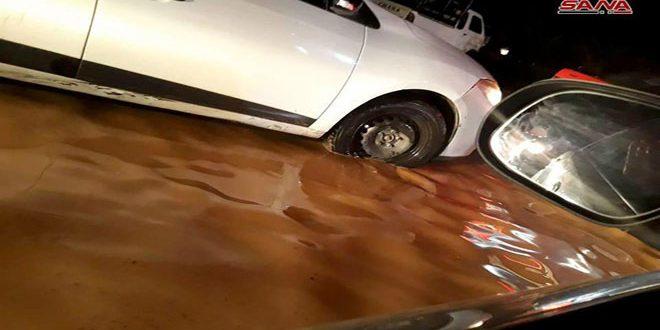 انقطاع عدد من الطرق في ريف دمشق بسبب الأمطار