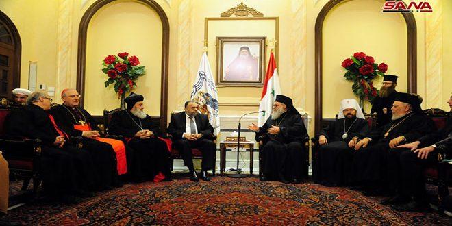 وزير الأوقاف: وجودنا في الكنيسة المريمية تجسيد لحقيقة الأسرة السورية الواحدة