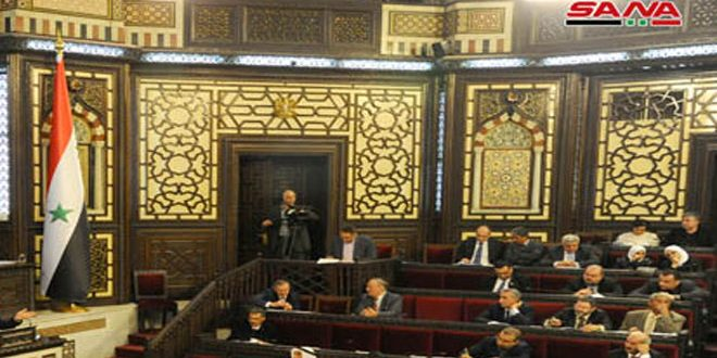 مجلس الشعب يهنئ أمهات ومعلمي سورية بعيدهم ويناقش قضايا خدمية