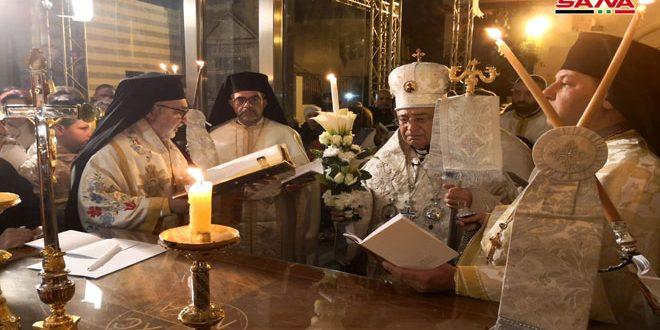 الطوائف المسيحية في سورية التي تتبع التقويم الغربي تحتفل بعيد الفصح المجيد بإقامة الصلوات والقداديس