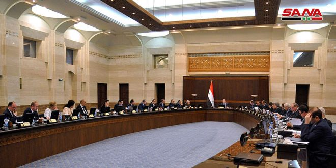 مجلس الوزراء يقر ضوابط ومعايير منح الإجازة الخاصة بلا أجر للعاملين في الدولة