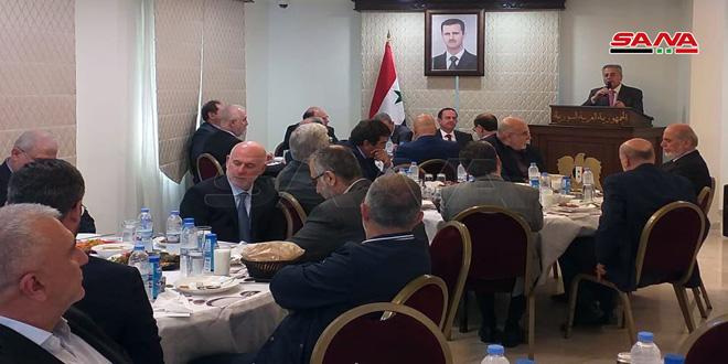 السفير عبد الكريم يؤكد أهمية التكامل بين المقاومات في المنطقة