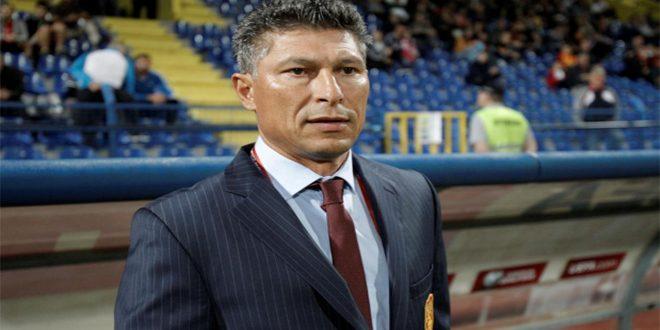 الاتحاد البلغاري لكرة القدم يقبل استقالة المدرب بالاكوف