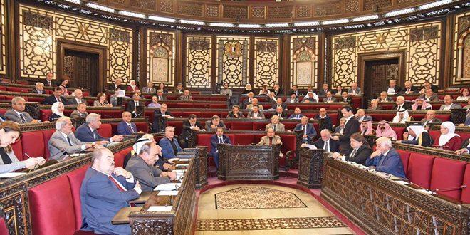 مجلس الشعب يواصل مناقشة مشروع القانون الخاص بنقابة الفنانين