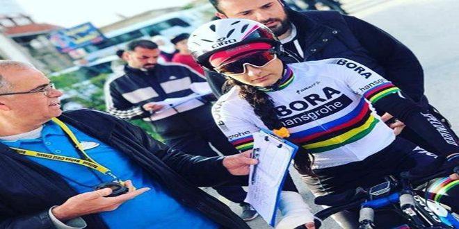 أميمة نيوف… موهبة فرضت نفسها بجدارة في رياضة الدراجات الهوائية
