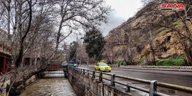 الأرصاد: أمطار متوقعة غزيرة أحياناً وتحذيرات من تشكل السيول في المنحدرات والأودية