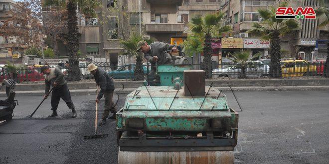 محافظة دمشق تبدأ بتزفيت عدد من الشوارع والأحياء