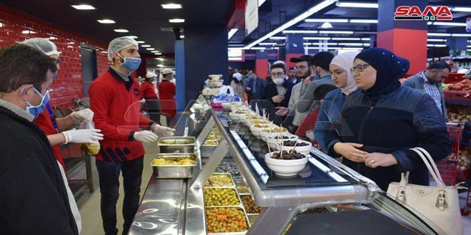 السورية للتجارة: مطالب بتأمين تشكيلة أكبر من المنتجات وجهود لتأمين احتياجات السوق المحلية بأسعار مقبولة