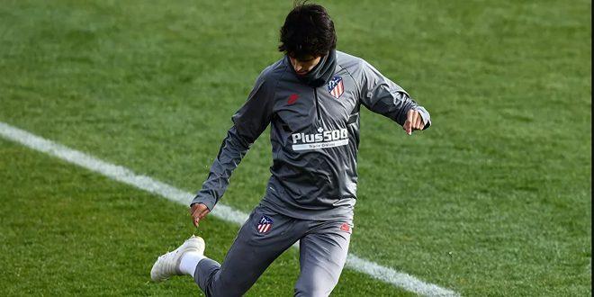 إصابة فيليكس مهاجم أتلتيكو مدريد في الركبة خلال التدريب