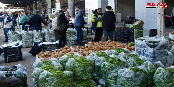 التجارة الداخلية: ضرورة التقيد بالفواتير والأسعار المحددة والسجلات النظامية لحركة المواد لدى تجار أسواق الهال