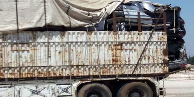 ضبط ومصادرة قطع سيارات ومواد نفطية وتجميلية مهربة