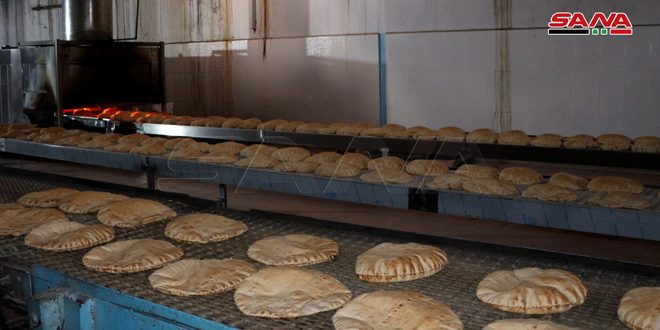 ثمانية خطوط إنتاج في ستة مخابز عامة تغطي احتياجات المواطنين من الخبز في درعا