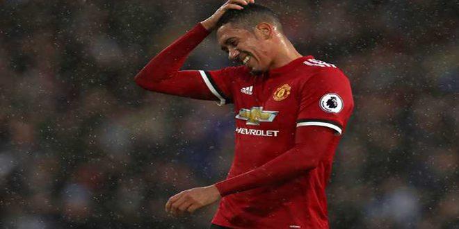 روما يعلن عودة سمولينغ إلى مانشستر يونايتد