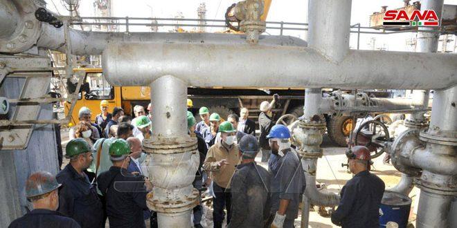 المهندس عرنوس يتفقد أعمال الصيانة والعمرة الجارية في مصفاة بانياس والمزمع إنجازها خلال الأيام القليلة القادمة
