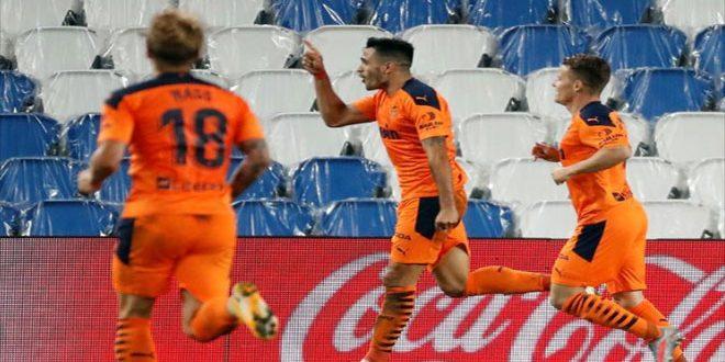 بلنسية يهزم سوسيداد بدوري الدرجة الأولى الإسباني