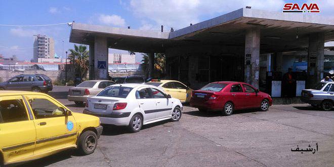 ضبط محطة وقود مخالفة وكميات من القمح المحلي ضمن مستودع بحمص