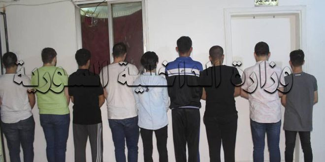 وزارة الداخلية تعلن القبض على أفراد شبكة لترويج الدولارات المزيفة في دمشق