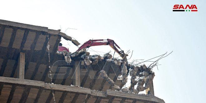 محافظة ريف دمشق تواصل إزالة مخالفات أبنية في بلدة الصبورة-فيديو