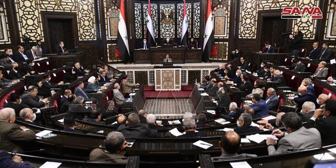 مجلس الشعب يناقش أداء وزارة التنمية الإدارية والقضايا المتصلة بعملها