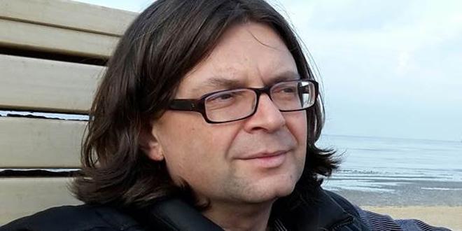 كاتب تشيكي: ازدواجية معايير الاتحاد الأوروبي بمسائل حقوق الإنسان تمثل تجسيداً لإخفاقه الأخلاقي