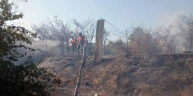 إخماد حريق في بلدة كفرام بريف حمص الغربي
